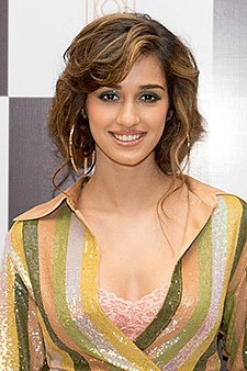 Disha Patani grace the launch of Arth restaurant (01) (cropped).jpg