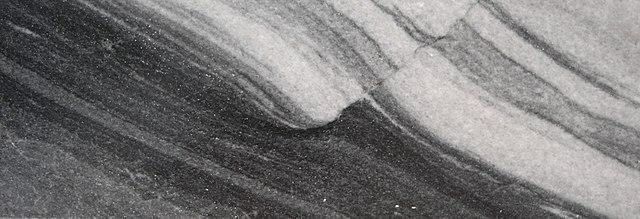 Foto Störungszone in einem Marmor