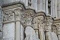 Donnemarie-Dontilly Notre-Dame-de-la-Nativité Portail occidental Chapiteaux 117.jpg