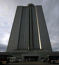 Dprk-hotel-yanggakdo.jpg