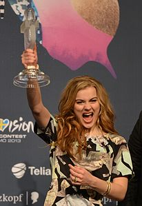 ESC2013 winner's press conference 05 (crop 1).jpg