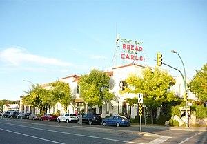 Earls (restaurant chain) - Saskatoon Earls