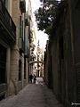 Edifici d'habitatges i pont sobre el carrer d'en Carabassa (Barcelona) - 1.jpg