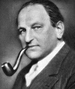 Egon Friedell 1931.jpg
