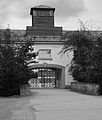 Entrance to Dachau (14593784207).jpg