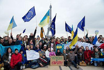 Мітинг на підтримку Українського Євромайдану в Парижі, 24 листопада 2013
