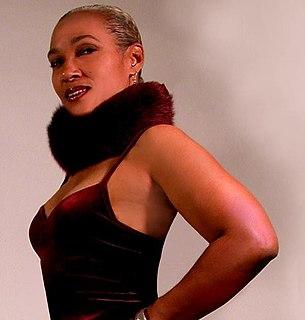 Fonda Rae American R&B singer