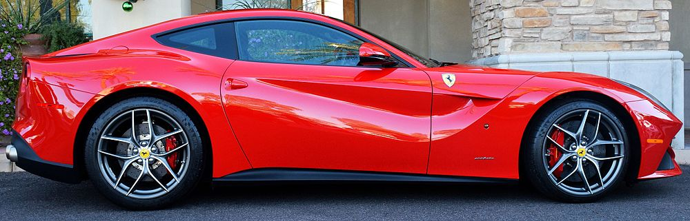 Ferrari F12berlinetta (Scottsdale, Arizona).jpg