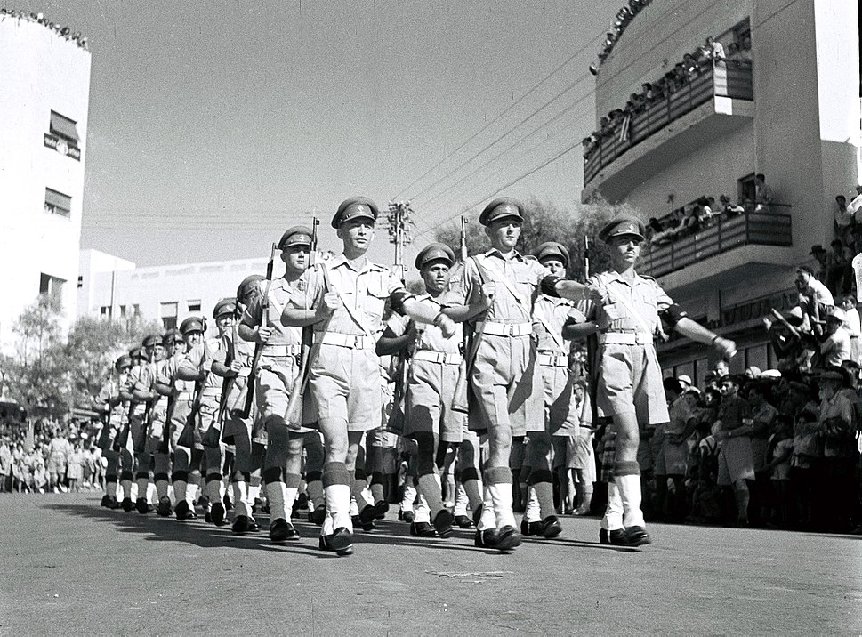 Flickr - Government Press Office (GPO) - MILITARY POLICE MARCHING
