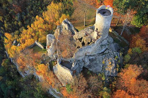 Burg Friedstein (Frýdštejn letecky)