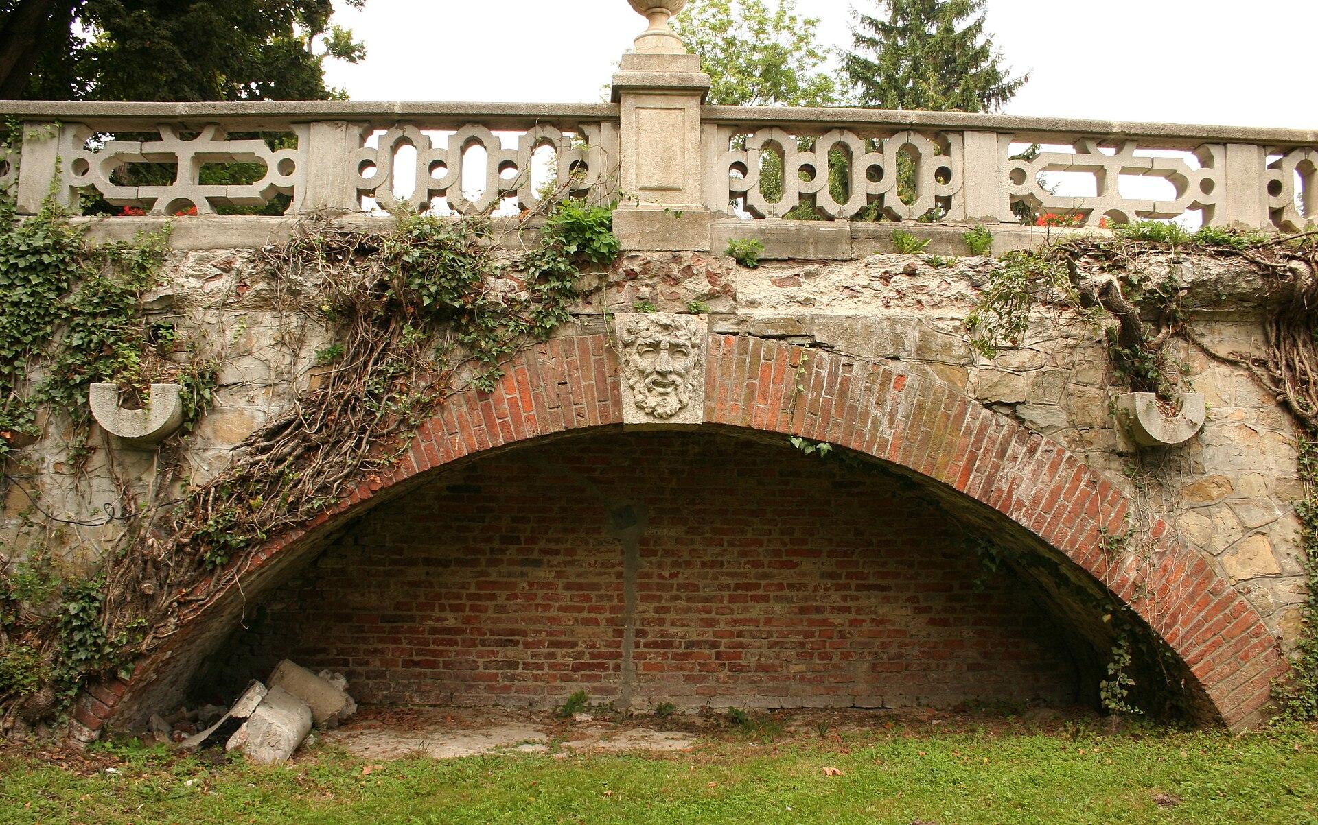 Фрагмент Mostu na fosie w lancucie p.jpg