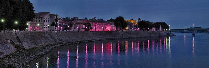 Arquivo: França Arles Reattu LaCroix 2008.jpg