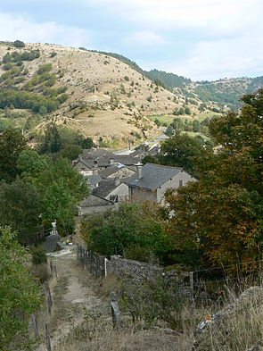 France Lozère Saint-Laurent-de-Trèves.jpg