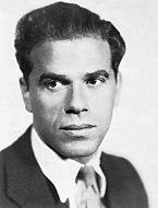 Portrait photographique de Frank Capra.