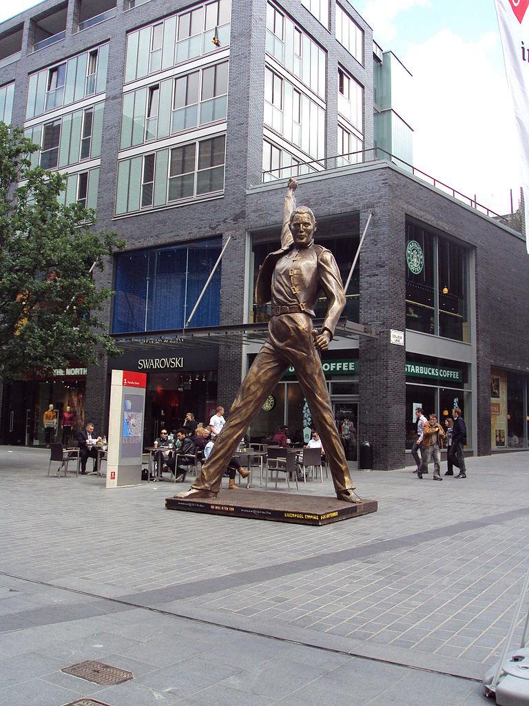 File:Freddie Mercury statue, Liverpool - DSC00014.JPG ...