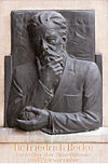 Friedrich Becke (Nr. 29) Bust in the Arkadenhof, University of Vienna-1337.jpg