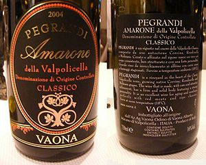 A front and back wine label of the Italian win...