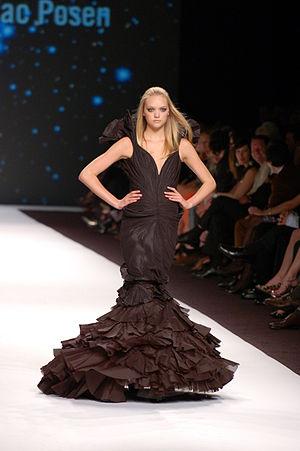 English: Gemma Ward at FashionWeekLive in San ...
