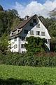 Glarus-Haus-in-der-Wiese.jpg