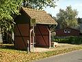 Godendorf Bushaltestelle Papiermühle.JPG