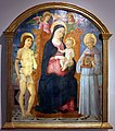 Guidoccio cozzarelli, madonna col bambino tra i ss. sebastiano e bernardino, 1490-1500 ca.jpg