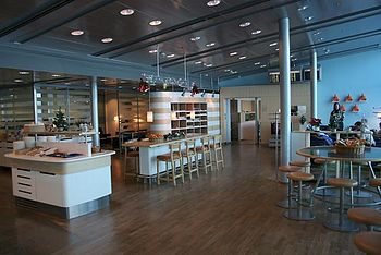 English: Scandinavian Airlines Airport Lounge ...