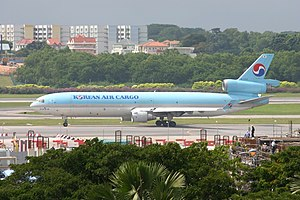 HL7374 McDonnell Douglas MD-11F Korean Air Cargo (8336661375).jpg