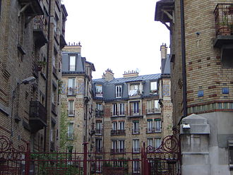 13th arrondissement of Paris - Image: HLM Paris 13 dsc 00988