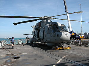 HMS Monmouth (F235) - Image: HMS Monmouth at Darwin's Fort Hill Wharf July 2007