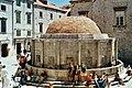 HR-Dubrovnik-Onofrio-Brunnen.jpg