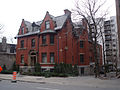 Harold E. Stearns House, Montreal 02.jpg