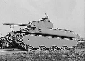 M6 heavy tank - Side view.