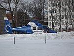 Helikoptern SE-JID på ÅUCS' landningsplats 2013, före start.JPG