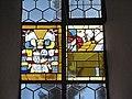 Herbishofen Pfarrkirche Glasfenster Pappenheim Detail.JPG