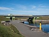 Hochwassersperrtor in Neuses an Regnitz P3RM1465.jpg