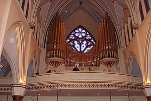 Holy Rosary Cathedral (Vancouver) - Image: Holy Rosery Pipe Organ