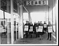 ILGWU Local 148-162 on strike against Sears Roebuck for unfair labor practices, April 15, 1967 (5279693540).jpg