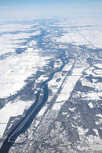 Mississippi River System - Illinois River aerial