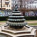 Indischer Brunnen am Engelbecken, Berlin-Kreuzberg.jpg