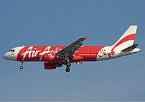 Indonesia AirAsia Airbus A320 Simon.jpg