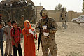 Iraqi locals receive food DVIDS321539.jpg