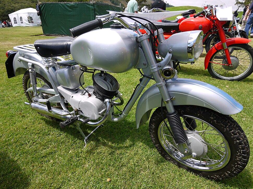 Isomoto 125 B (GT)