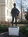 József Attila-emlékszobor (Varga Imre, 1964) - Dugonics tér, Szeged, Hungary - panoramio (5).jpg