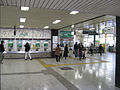 JR Makuharihongo sta 003.jpg