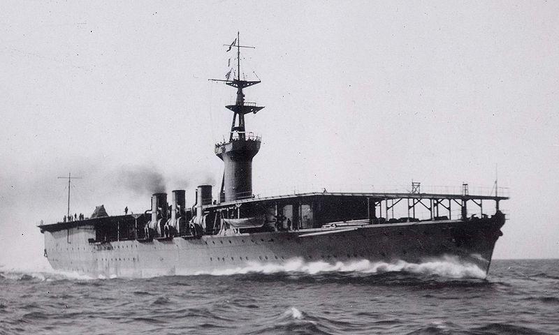 Japanese aircraft carrier Hosho 1922.JPG
