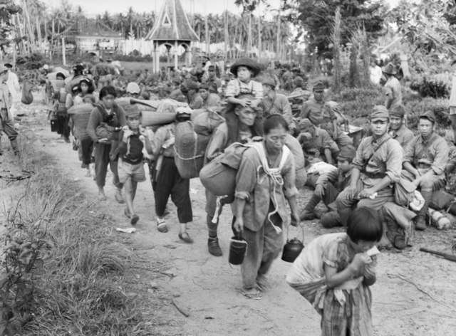 Japanese civilians and soldiers, Tawao (AWM 121707)