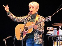 Joan Baez yn Seattle, Washington ar 13 Awst, 2009