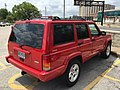 Jeep Cherokee (XJ) Limited red Gateway Arch 3.jpg