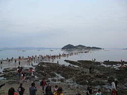 Jindo Miracle Sea Road Festival 100.JPG