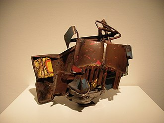 Assemblage (art) - Image: John Chamberlain at the Hirshhorn